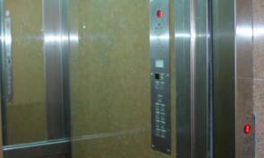 За собственици на стари асансьори